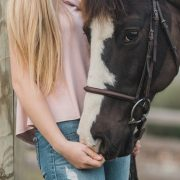 5 Ways to Provide Great Customer Service to Your Farrier Business Clients